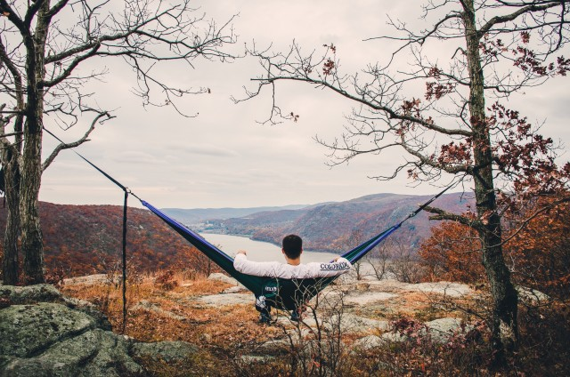 Taking a break from rock scramble to take in the views. Hammocklife