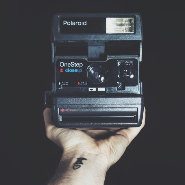Free authentic polaroid photo on Reshot
