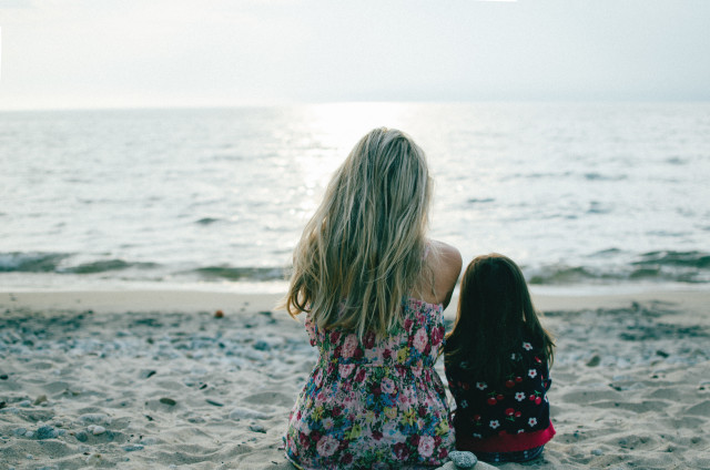 Free authentic mother daughter photo on Reshot