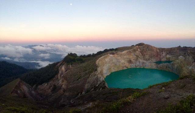 Sunset at Vulcano Kelimutu, Flores/ Indonesia