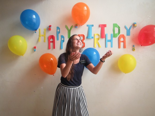 Free authentic birthday photo on Reshot