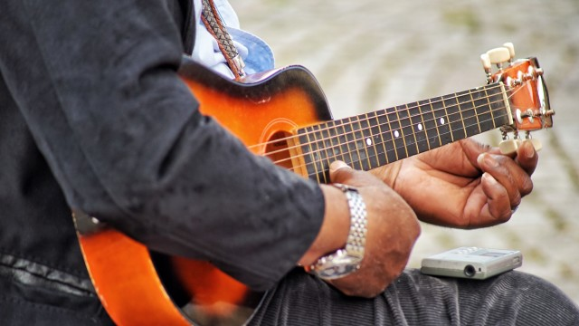 A man with an instrument,  performer, play, player, guitarist, live, park, festival, perform, adult, male, music street, instrumental, outdoor, performance, urban, musician, musical, sound, instrument, jazz, city, string, concert, music, blues, autumn, fall, open-air, singing, playing music, guitar, man playing guitar, playing guitar, guitar lessons, guitar player, nominated by Michele🌹&Caludia🌹