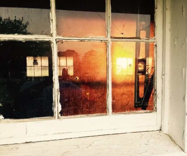 Free authentic looking through window photo on Reshot