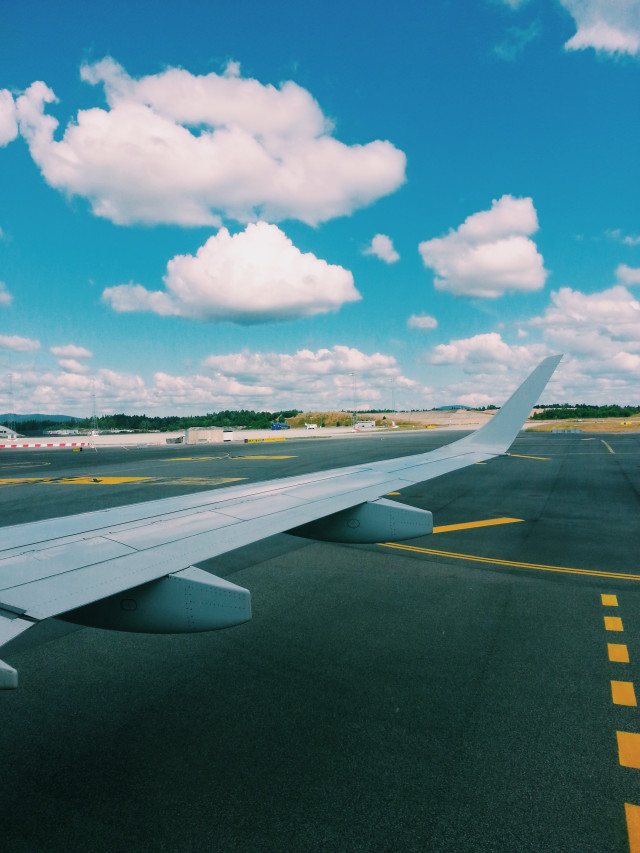 Summertime : airplane on the tarmac, ready for departure
