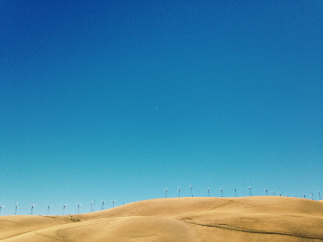 Wind farm in central California in color.