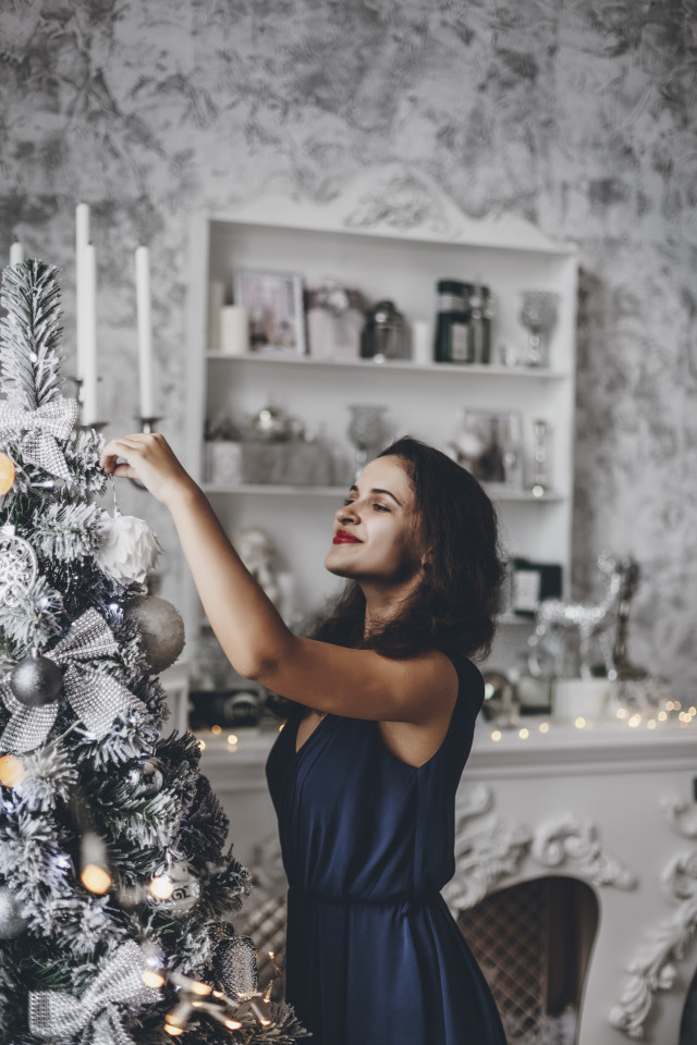 Free authentic christmas moments photo on Reshot