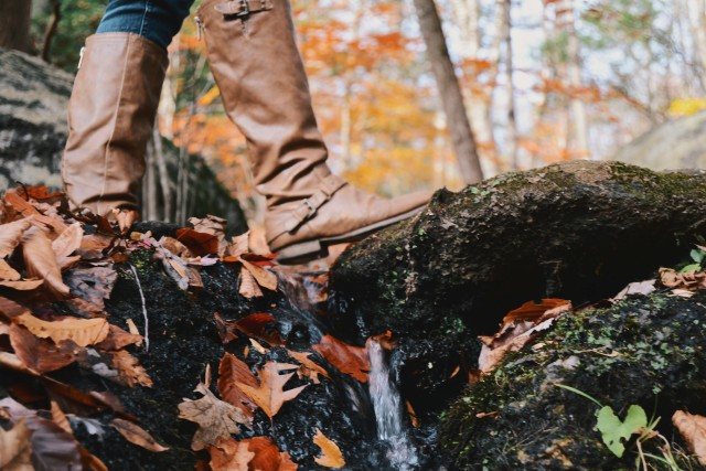 Hiking boots on a trail in Fall