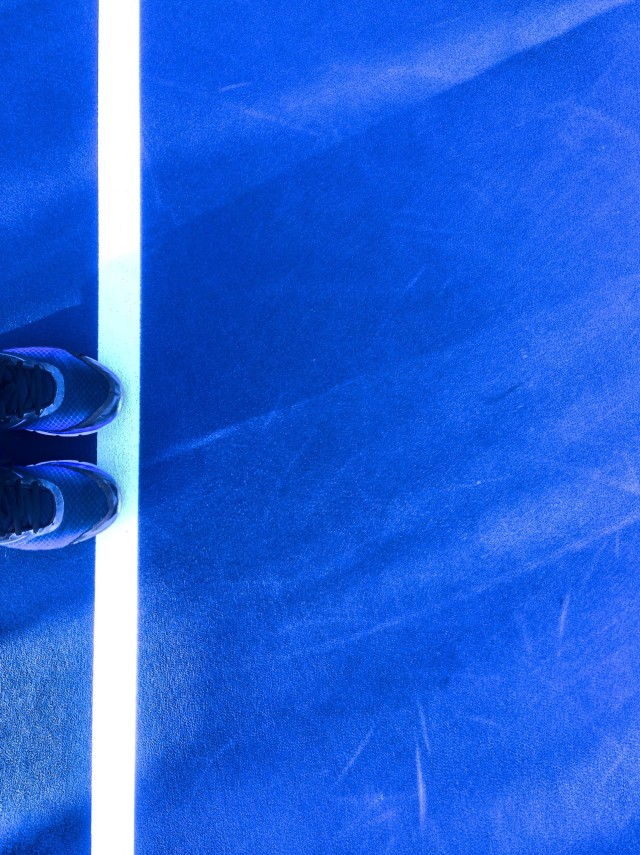 Shoes on the tennis court