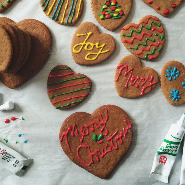 Christmas Cookies Gingerbread Decorating Stock Photo D785774d