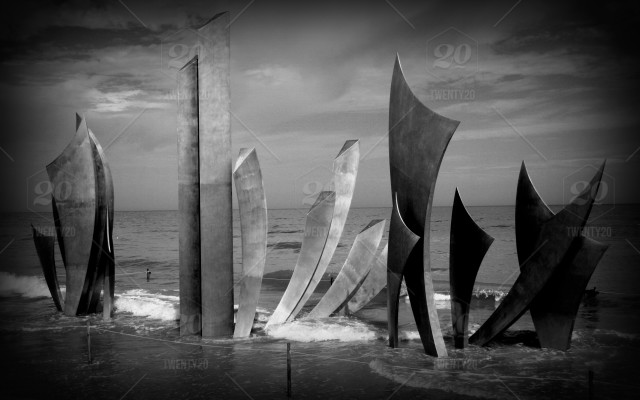 Memorial / Sculpture / Monument to fallen Soldiers from WW2