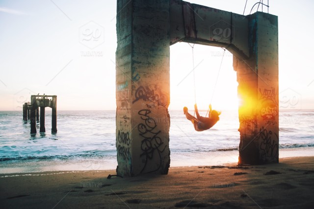 Sunset Swing Stock Photo 173ddcd0 3d0e 4fc8 A515