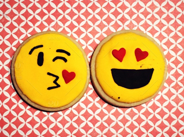 something romantic 1 getting the kissing emoji cookies from my
