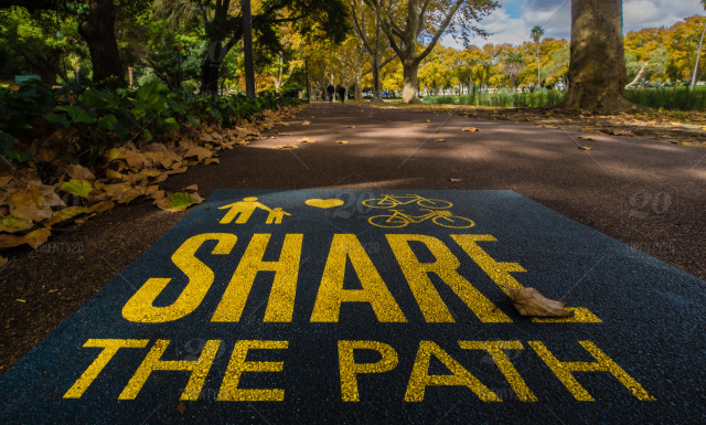 stock photo, park, yellow, sign, wisdom, path, words, share, hyde-park, westernaustralia, meaning, wise, perth