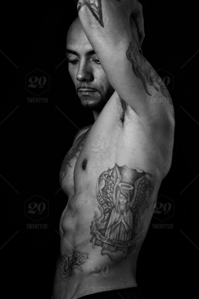 Black And White Tattoo Tattoos Muscle Masculine Tat Inked Bodyart Bodybuilder Body Art Stock Photo 02fa2488 3996 438a Bd5c A26f7e3c15c7