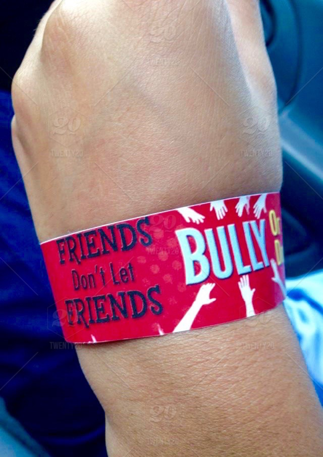 stock photo, friendship, friends, bullying, stop-bullying, no-more-bullying