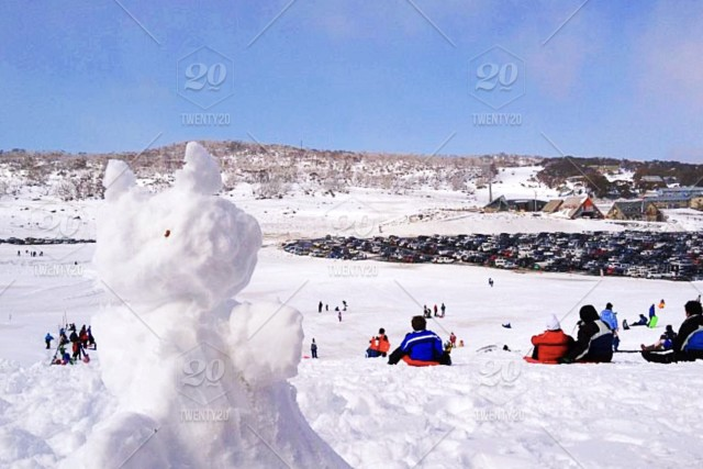 1bb2ac8c85e I made this Snowman in Perisher