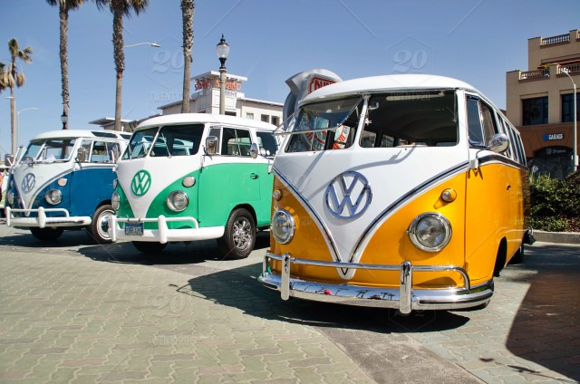 Vintage Vw Bus Stock Photo B3c7bf22 E6b3 4fa1 A4b9