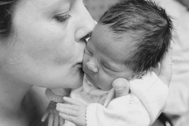 Black And White Love Baby Mother Newborn Mom Kiss Motherhood Mothers Day Baby Girl Mommy And Daughter Mom And Baby Stock Photo C4507efb 2182 4db3 A77b 8ed4937375f3