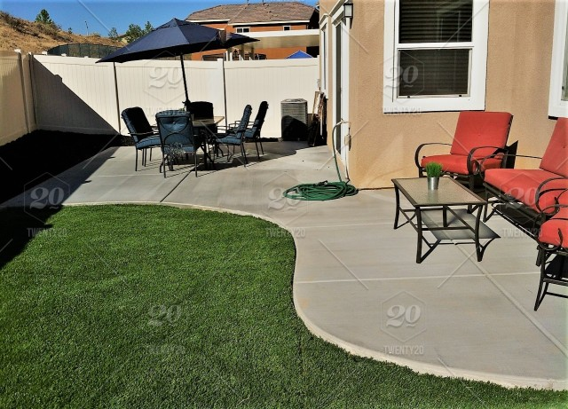 California Backyard Patio Furniture.Gardens And Greenhouses A Beautifully Landscaped Backyard Of A New