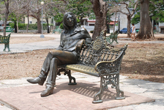 stock photo, statue, john-lennon, beatle, cuba, havana, habana, music-icon