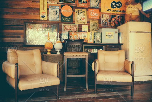 Retro style vintage living room with old fashioned chairs ...
