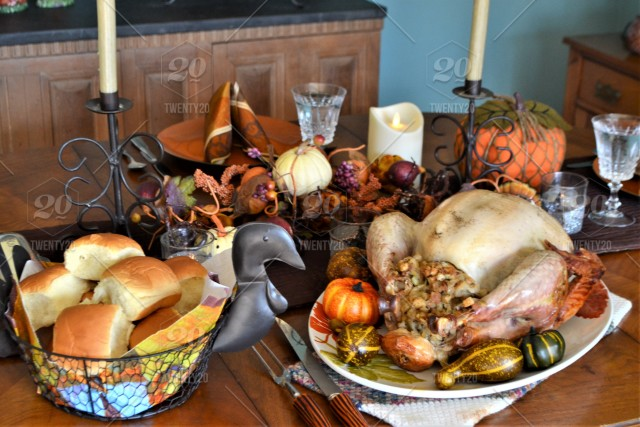 Thanksgiving Dinner Table Stock Photo Fbb0f310 539e 42d2 8ddd