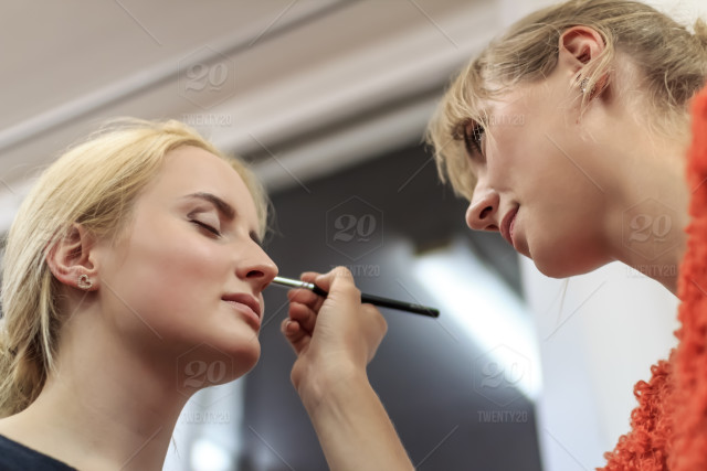 1f8e1201872 Makeup artist doing makeup for a girl model, woman, makeup, beauty, face,  female, fashion, young, cosmetic, attractive, model, beautiful, pretty,  hair, ...