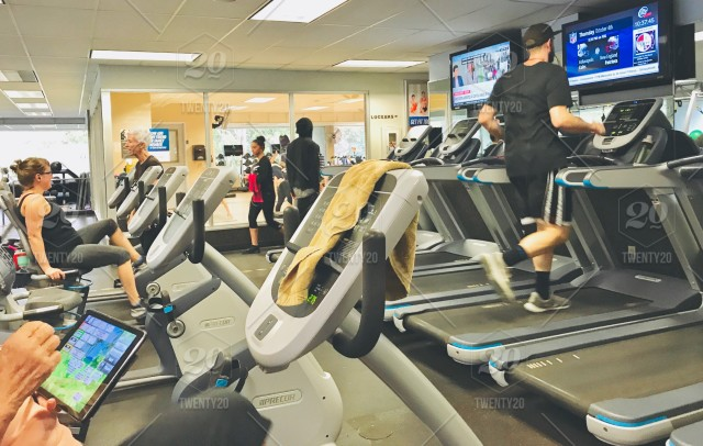 Real life image of real people working out at the gym. getting