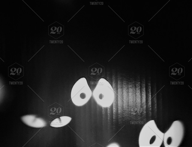 Spooky Eyes Floating Around Spooky Eye Balls Float Around In The Dark For A Scary Halloween Stock Photo 8d58b6cf 2f65 4a6d 884e B078db22a8a1