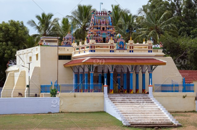 Hindu temple in the village of Karaikudi in the Chettinad