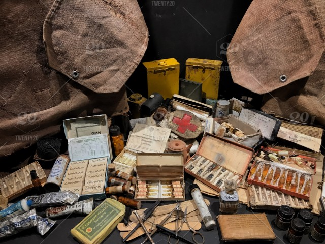 Medical equipment in the Second World War, exhibition in the