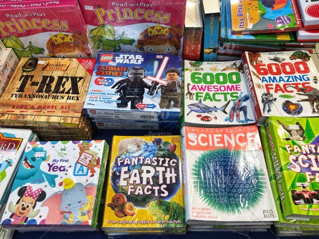The Science Of Getting Kids Organized >> Children Book Sale For Kids Superheroes Fun Facts Organised