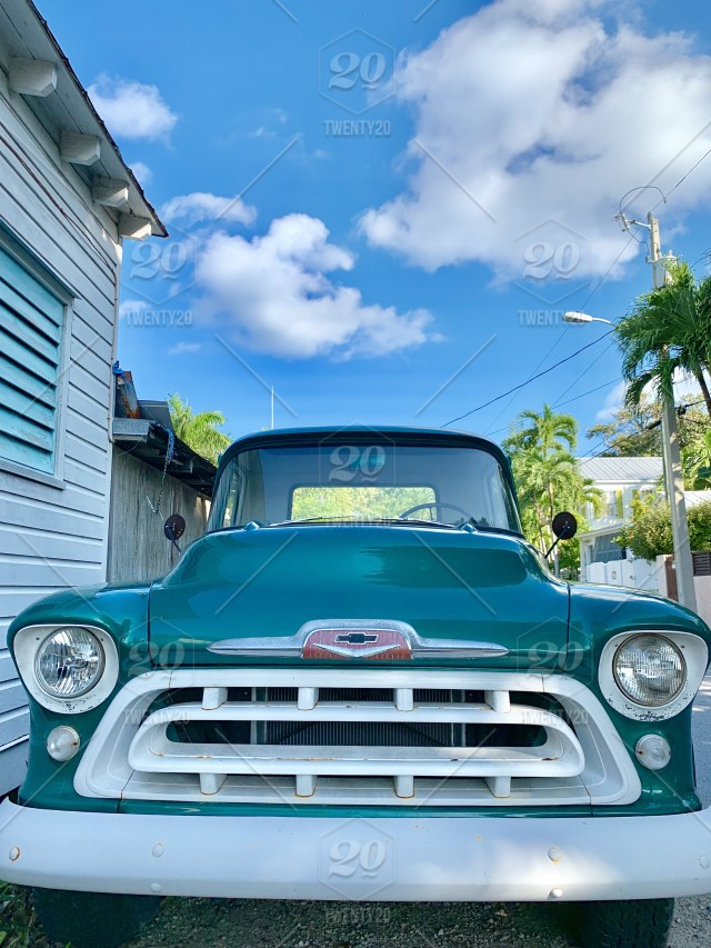 Staring Down The Grill Of A Green Vintage Chevy Pick Up Truck Classic Cars Vintage Cool Cars Cars With Personality Stock Photo Ab0407c9 5192 4d88 9568 9488bc0f7a3c