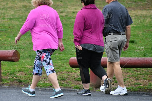 Overweight People Trying To Get Back In Shape And Healthier By Walking Together Real People Human Element Copy Space People From Behind Unrecognizable Margjohnsonva Beachloverslane Wearing Pink Reduce Your Risk Of