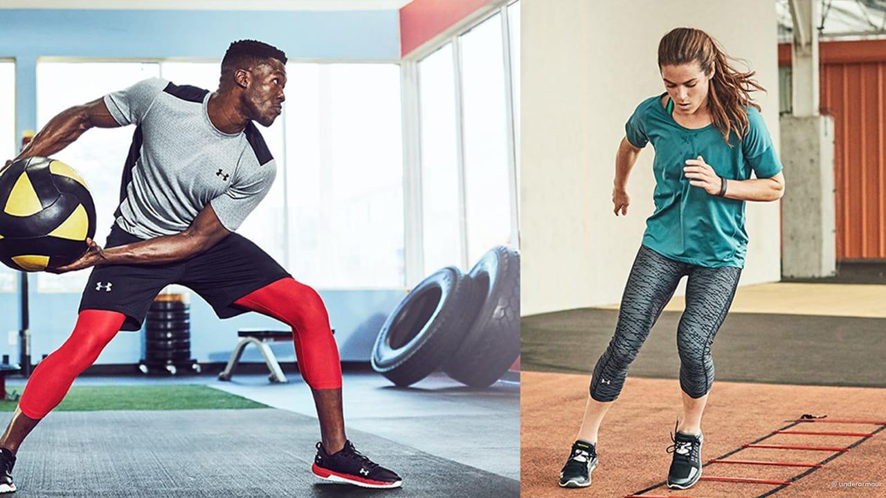 Mann und Frau zeigen in geteiltem Bild die Beweglichkeit in Fitnesshosen