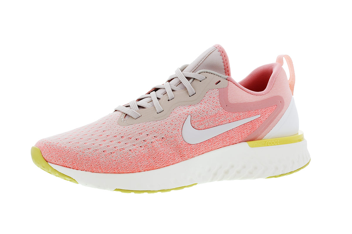 promo code 56e98 df3d7 Nike Odyssey React - Running shoes for Women - Pink