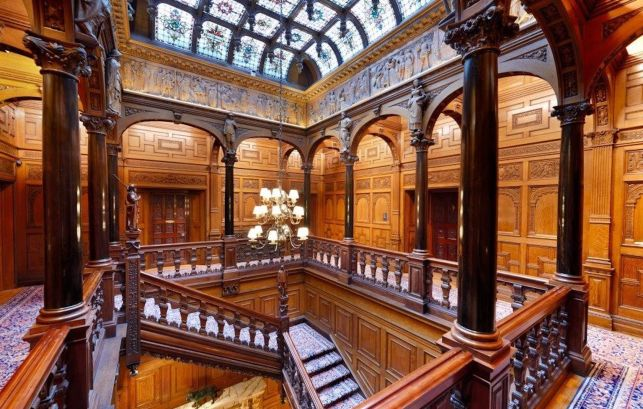 Upper Gallery, Two Temple Place