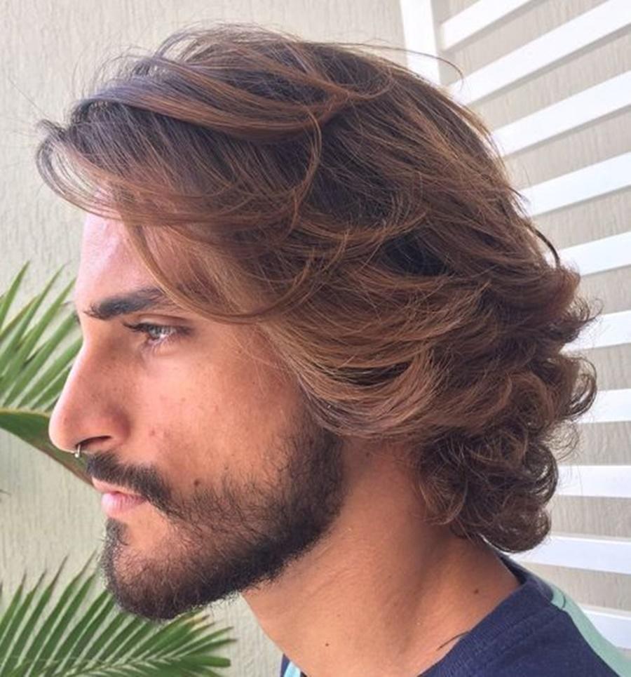 Kiểu tóc dài lượn sóng