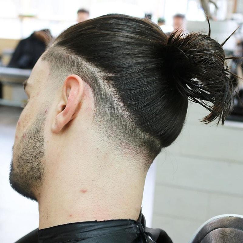 Tóc búi cắt sát