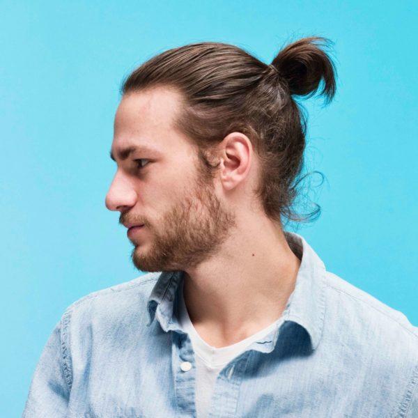 Kiểu tóc búi cho mái tóc mượt