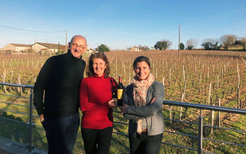 Tim Sykes at Château Carteau Côtes Daugay, Saint-Emilion with Jacques Bertrand's daughters, Anne-Marie and Catherine.