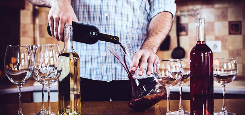 Decanting, Chilling, Pouring: Here's how to serve wine