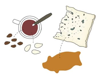 Glögg – a caramelised, spiced mulled wine, best enjoyed the Swedish way with cheese and gingerbread.