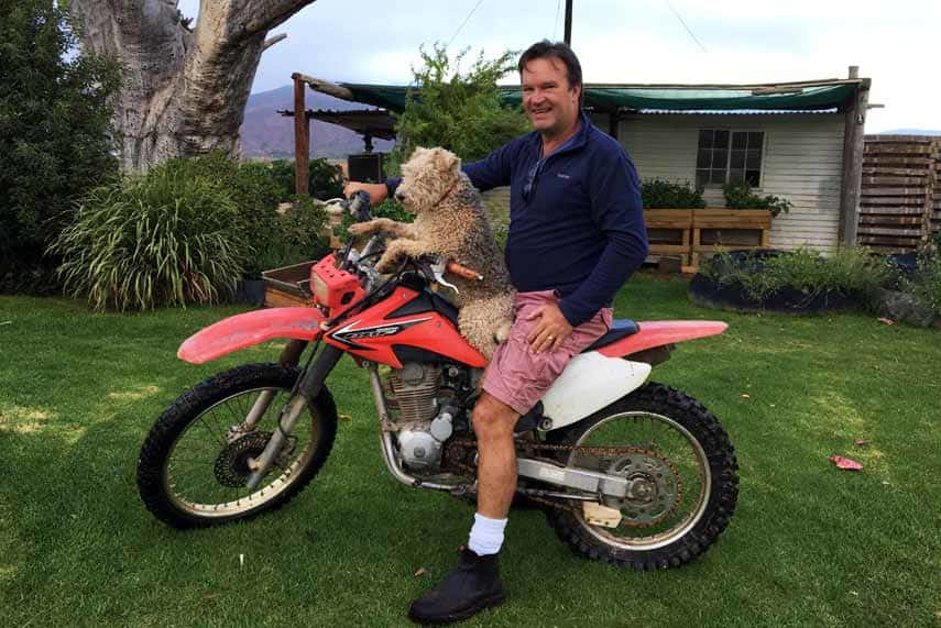Roelf du Preez and favoured hound at Bon Cap