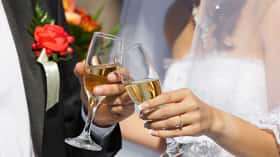 How to buy wine for your wedding