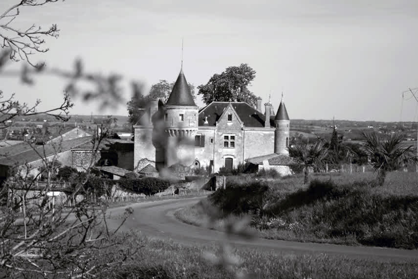Member favourite Château de la Grave – you can even stay here if you wish!