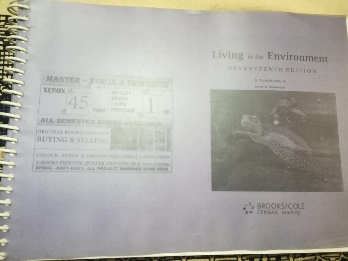 Living in the Environment (7th Edition )Tylor Miller