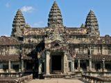 5 Days 4 Nights Phnom Penh & Angkor Wat from Giamso Tours