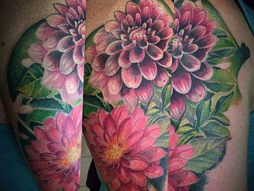 Estudio de piercing y tatuajes