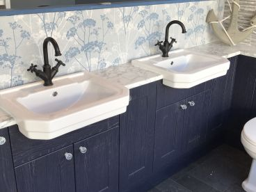 Bathroom Installer & Fitter